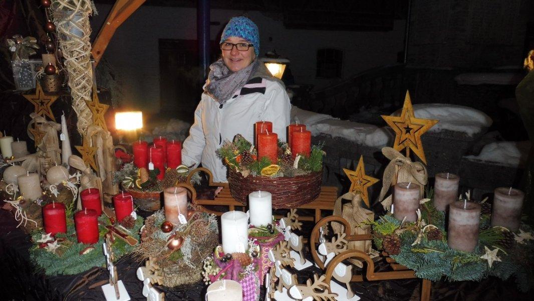 2017-12-03-Adventsmarkt-Dorfplatz (14)