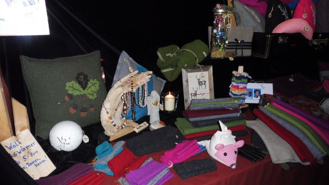 2017-12-03-Adventsmarkt-Dorfplatz (23)