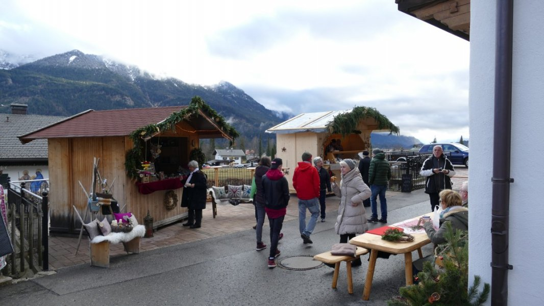 Wallgauer Adventsmarkt der Sinne 2018 an der Sonnleiten. Samstag 01.12.2018